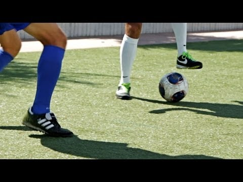 How to Do a Stop & Go | Soccer Skills