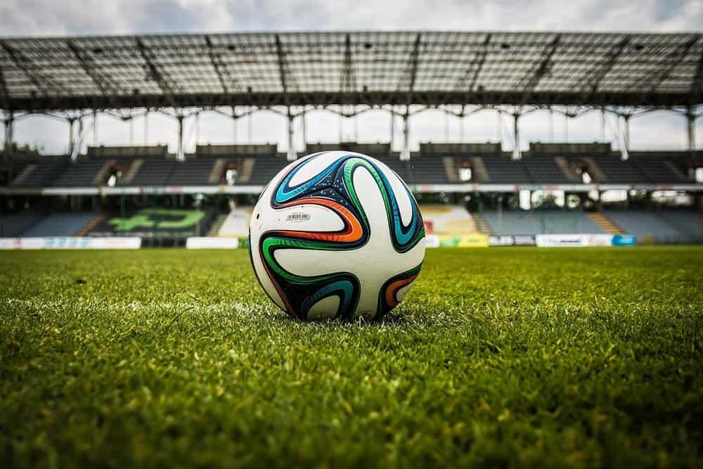 quả bóng đá tiêu chuẩn cho sân 11 người