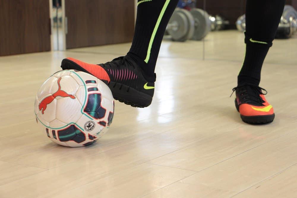 quả bóng đá tiêu chuẩn sân 5 người