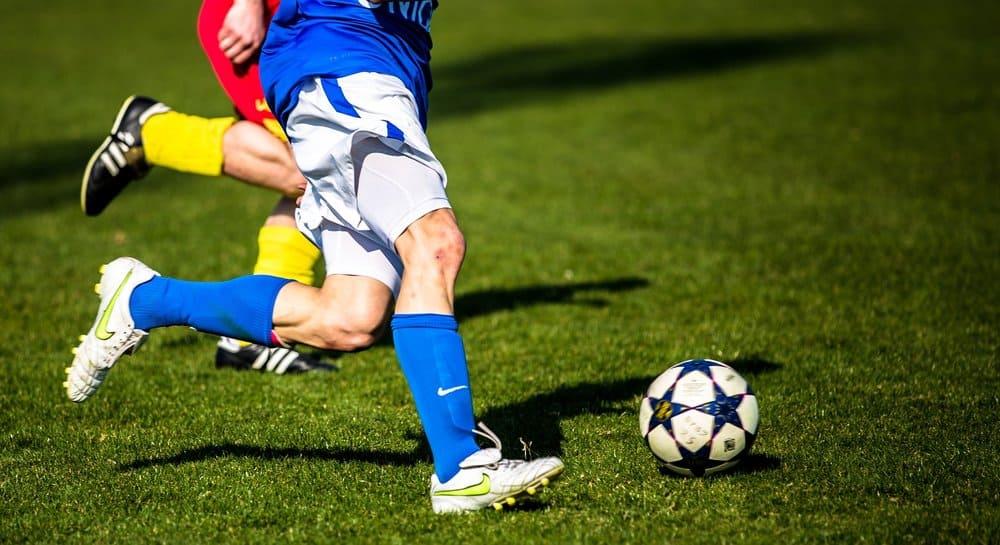 size giày bóng đá vừa chân
