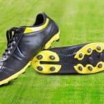 Có nên mua giày đá bóng chính hãng? | Review 3 Đôi Giày Đá Bóng Chính Hãng Tốt